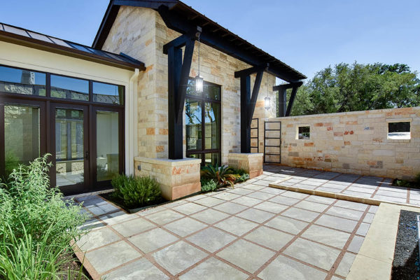 005_Front-Patio 2