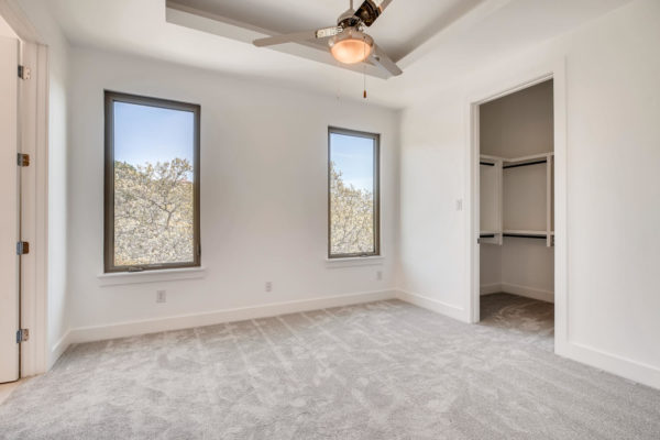 650 Winding Ravine San Antonio-large-025-031-2nd Floor Bedroom-1500x1000-72dpi