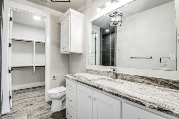 Boerne Custom Home - Bathroom with Marble Countertops